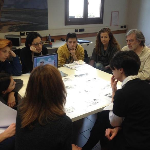 Revison de los proyectos en el Mimaster con Sergio Ruzzier (autor e ilustrador y Giovanna Zoboli de la editorial Topipittori en Milàn.